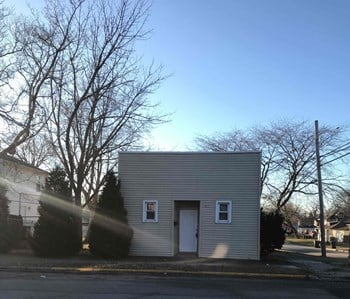 902 S McAlister Ave 5 Beds House for Rent Photo Gallery 1