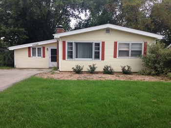 37048 N Highway 83 3 Beds House for Rent Photo Gallery 1