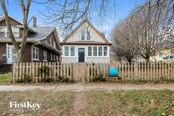842 Wadsworth Ave 3 Beds House for Rent Photo Gallery 1
