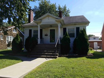 103 Highland St 4 Beds House for Rent Photo Gallery 1