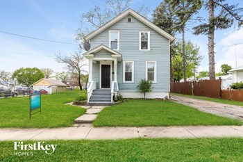 622 Monroe St 4 Beds House for Rent Photo Gallery 1