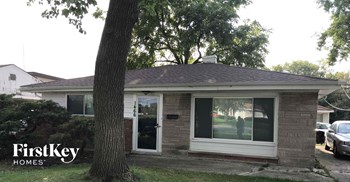 1466 Burnham Ave 3 Beds House for Rent Photo Gallery 1