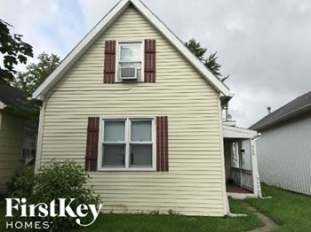 729 S 10th Street 3 Beds House for Rent Photo Gallery 1