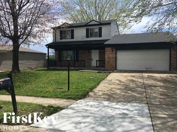 11319 East Wolf Lane 3 Beds House for Rent Photo Gallery 1