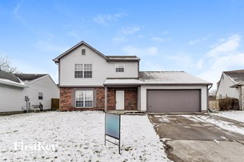 9211 Lansburgh Circle 3 Beds House for Rent Photo Gallery 1
