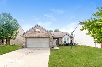 5030 THOMPSON PARK BLVD 3 Beds House for Rent Photo Gallery 1