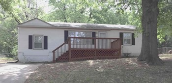 10211 Drury Avenue 3 Beds House for Rent Photo Gallery 1