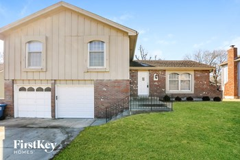 10208 Nall Avenue 4 Beds House for Rent Photo Gallery 1