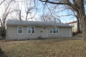 2904 N Osage 3 Beds House for Rent Photo Gallery 1