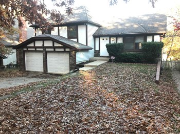 8701 N Harrison 3 Beds House for Rent Photo Gallery 1