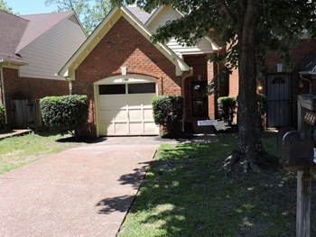 3541 Bishops Gate Drive 2 Beds House for Rent Photo Gallery 1