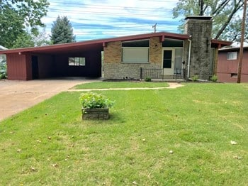 7229 Berkridge 3 Beds House for Rent Photo Gallery 1