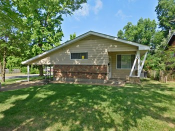 9953 Duke Dr 3 Beds House for Rent Photo Gallery 1