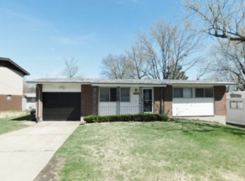 1755 Beecher Dr 3 Beds House for Rent Photo Gallery 1