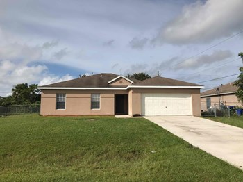 1811 S. Biscayne Drive 4 Beds House for Rent Photo Gallery 1