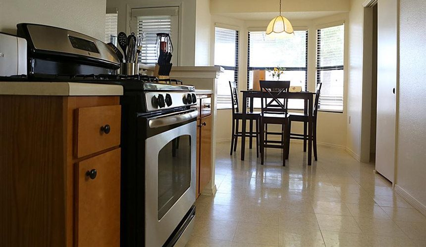 Alta Terra Living, Portales, NM, 88130 has Fully equipped kitchen