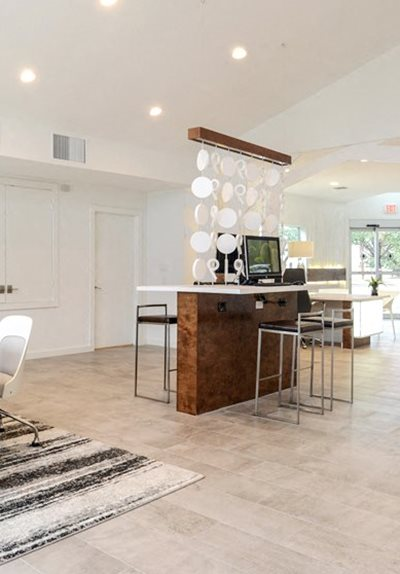 Leasing Office Apartments In Alamo Heights