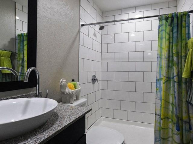 bathroom san antonio apartments