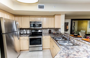 10200 Falcon Pines Boulevard 1-3 Beds Apartment for Rent Photo Gallery 1