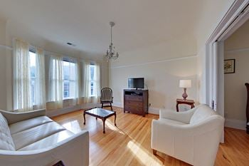 4224 24th Street 2 Beds Apartment for Rent Photo Gallery 1