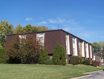 600 Bartlett 1-3 Beds Apartment for Rent Photo Gallery 1