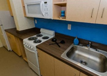 1501 Grand Ave Studio Apartment for Rent Photo Gallery 1