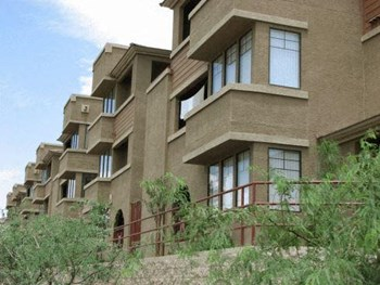 730 W. Vogel Avenue Studio-3 Beds Apartment for Rent Photo Gallery 1