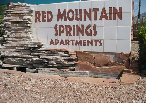 Red Mountain Springs Community Thumbnail 1
