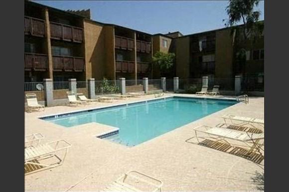 Santa Fe Springs Apartments 1717 W Glendale Ave Phoenix