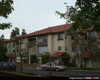 11171 Oakwood Dr 1-2 Beds Apartment for Rent Photo Gallery 1