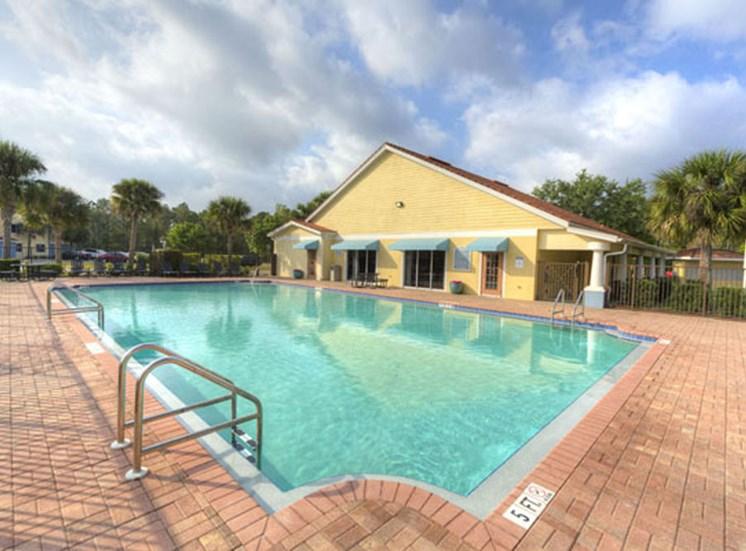 Tuscan Isle Apartments Pool