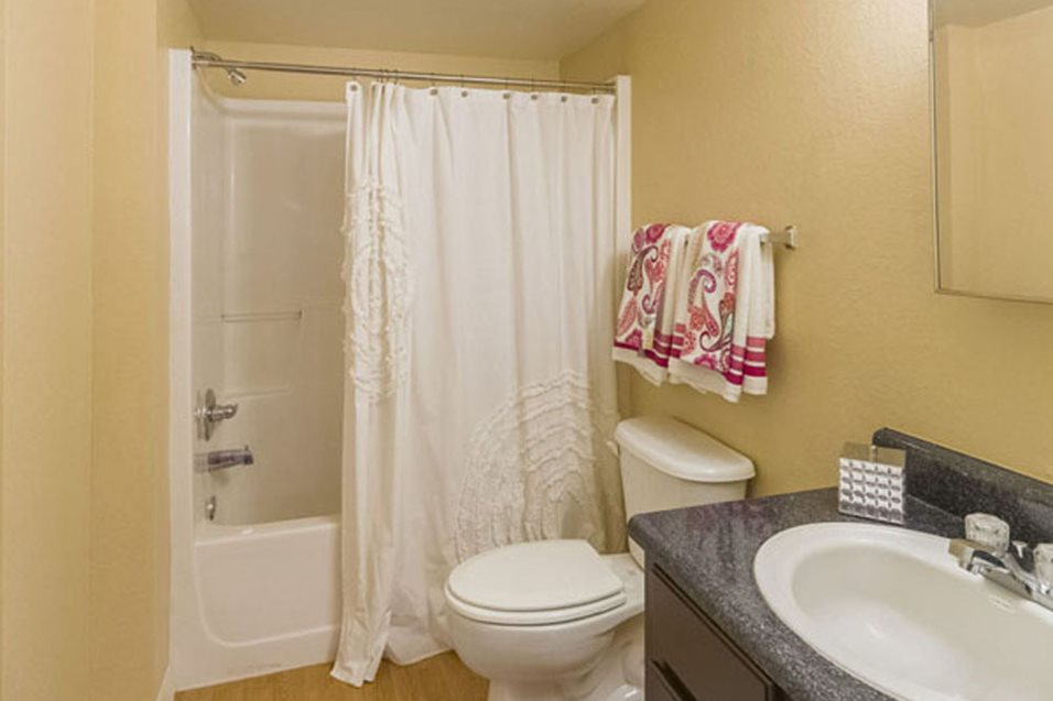 Photo and Video Gallery | Tuscan Isle Apartments in Naples, FL