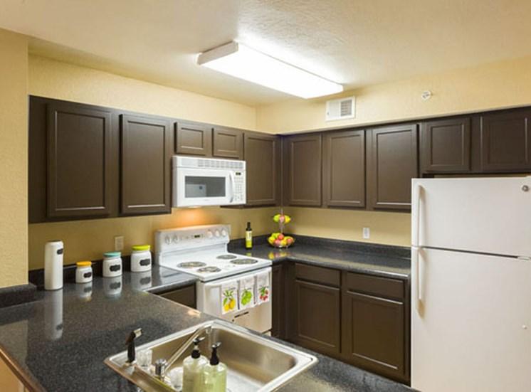 Tuscan Isle Apartments Kitchen