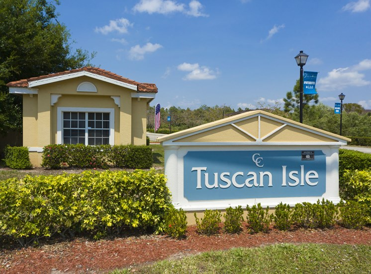 Tuscan Isle Apartments Exterior Sign