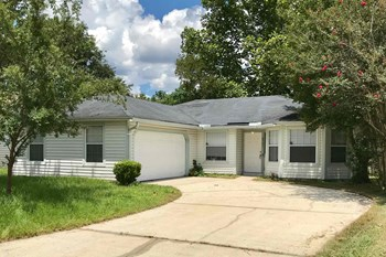 8761 East Spring Harvest Lane 3 Beds House for Rent Photo Gallery 1