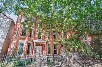 1431-33 N. Wicker Park Ave. 2 Beds Apartment for Rent Photo Gallery 1