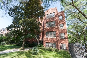 1470-80 W. Cuyler Ave 1 Bed Apartment for Rent Photo Gallery 1