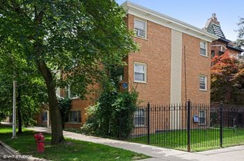 2128 N. Whipple St. 1-2 Beds Apartment for Rent Photo Gallery 1