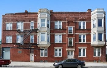 2350-52 W. Ohio St. Studio-2 Beds Apartment for Rent Photo Gallery 1