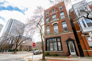 301 W. Eugenie St. 1-2 Beds Apartment for Rent Photo Gallery 1