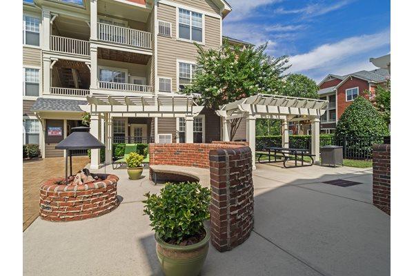 Brentmoor Apartments 2080 Brentmoor Drive Raleigh Nc Rentcaf 233