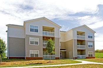 1050 Claire Taylor Ct 2 Beds Apartment for Rent Photo Gallery 1