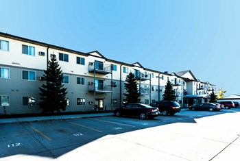 4278 University Avenue 1-4 Beds Apartment for Rent Photo Gallery 1