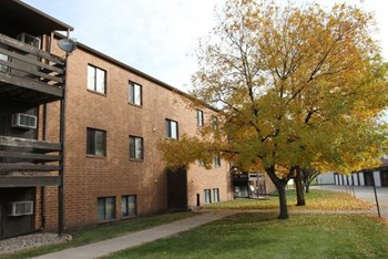 1951 28th Avenue South 1-2 Beds Apartment for Rent Photo Gallery 1