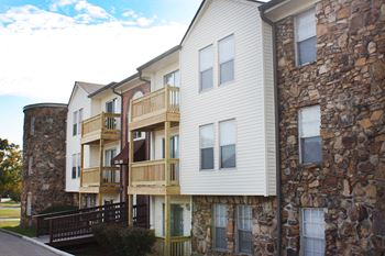 2702 Paoli Pike 1-2 Beds Apartment for Rent Photo Gallery 1