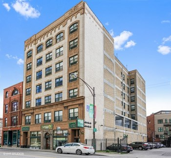 1170 N. Milwaukee Ave. 1-2 Beds Apartment for Rent Photo Gallery 1