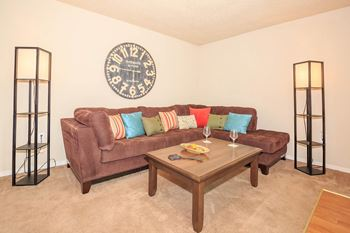 550 Lee Drive 1-3 Beds Apartment for Rent Photo Gallery 1