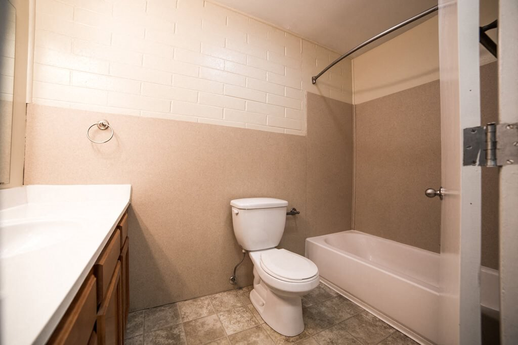 Bathroom Fitters at Buckingham Monon Living, Indianapolis Indiana