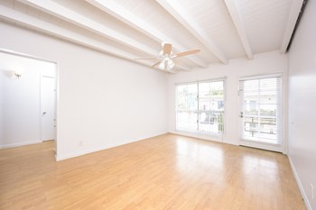 54 62Nd Place Studio-2 Beds Apartment for Rent Photo Gallery 1