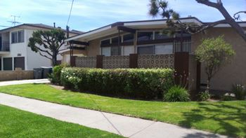 14427 South Berendo Ave 2-3 Beds Apartment for Rent Photo Gallery 1